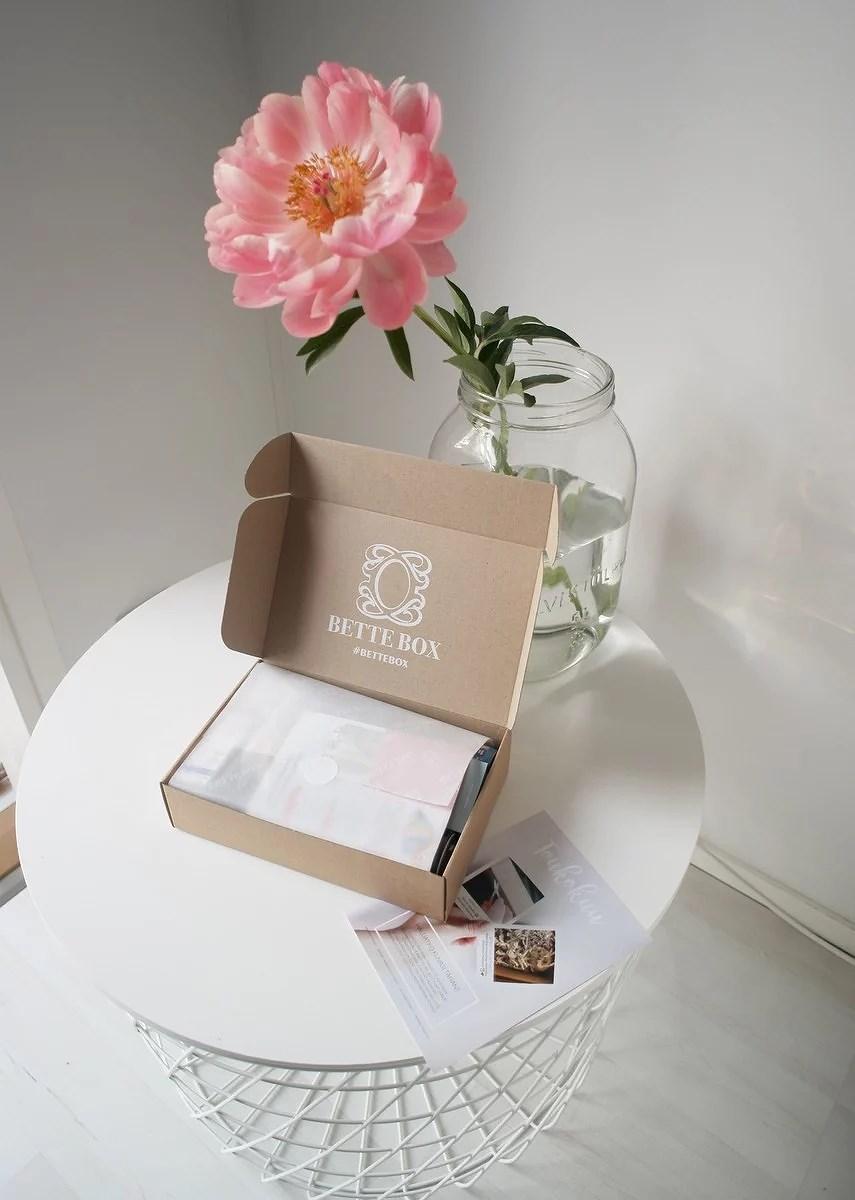 TOUKOKUUN BETTE BOX + ALENNUSKOODI
