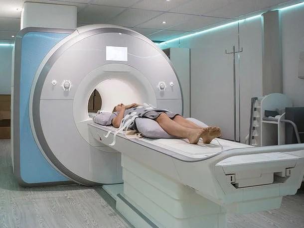 Samtalet jag hade väntat på. Återbuds tid på MR röntgen. Dock obehaglig undersökning!