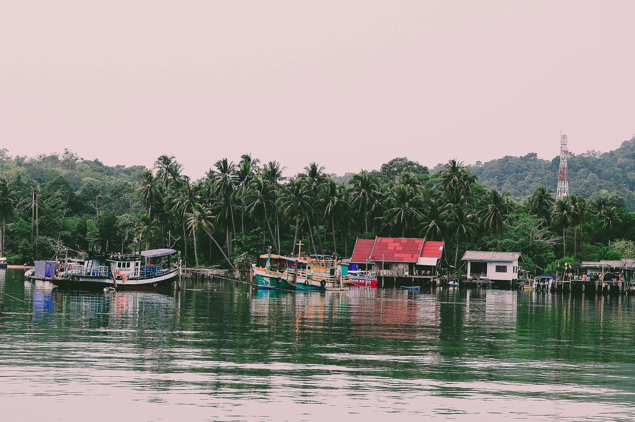 Bang Bao Pier, Koh Chang