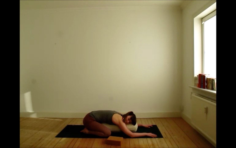 Stress af med yoga