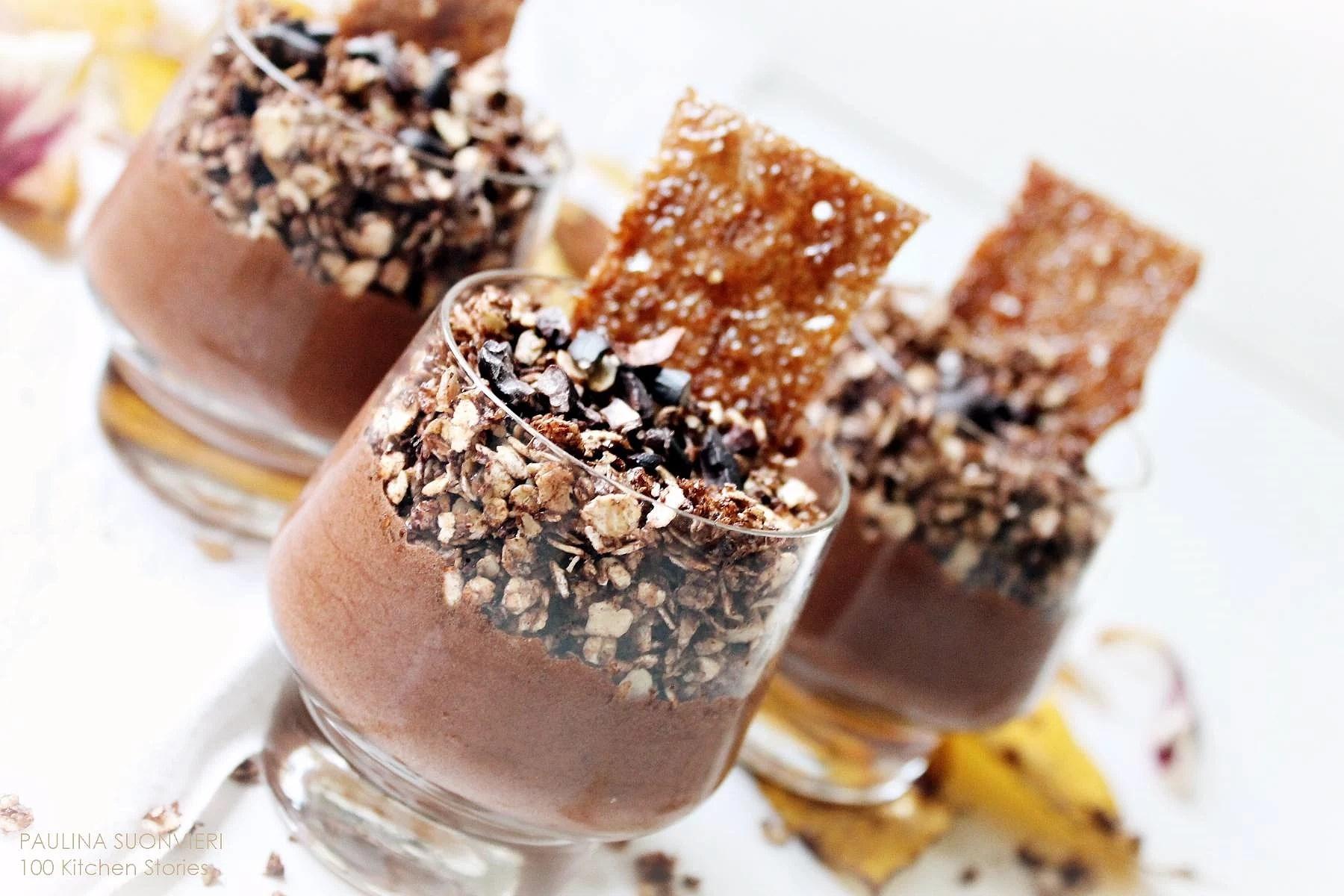 Vegan Choco Cream with Caramelized Oats & Thin Crisp