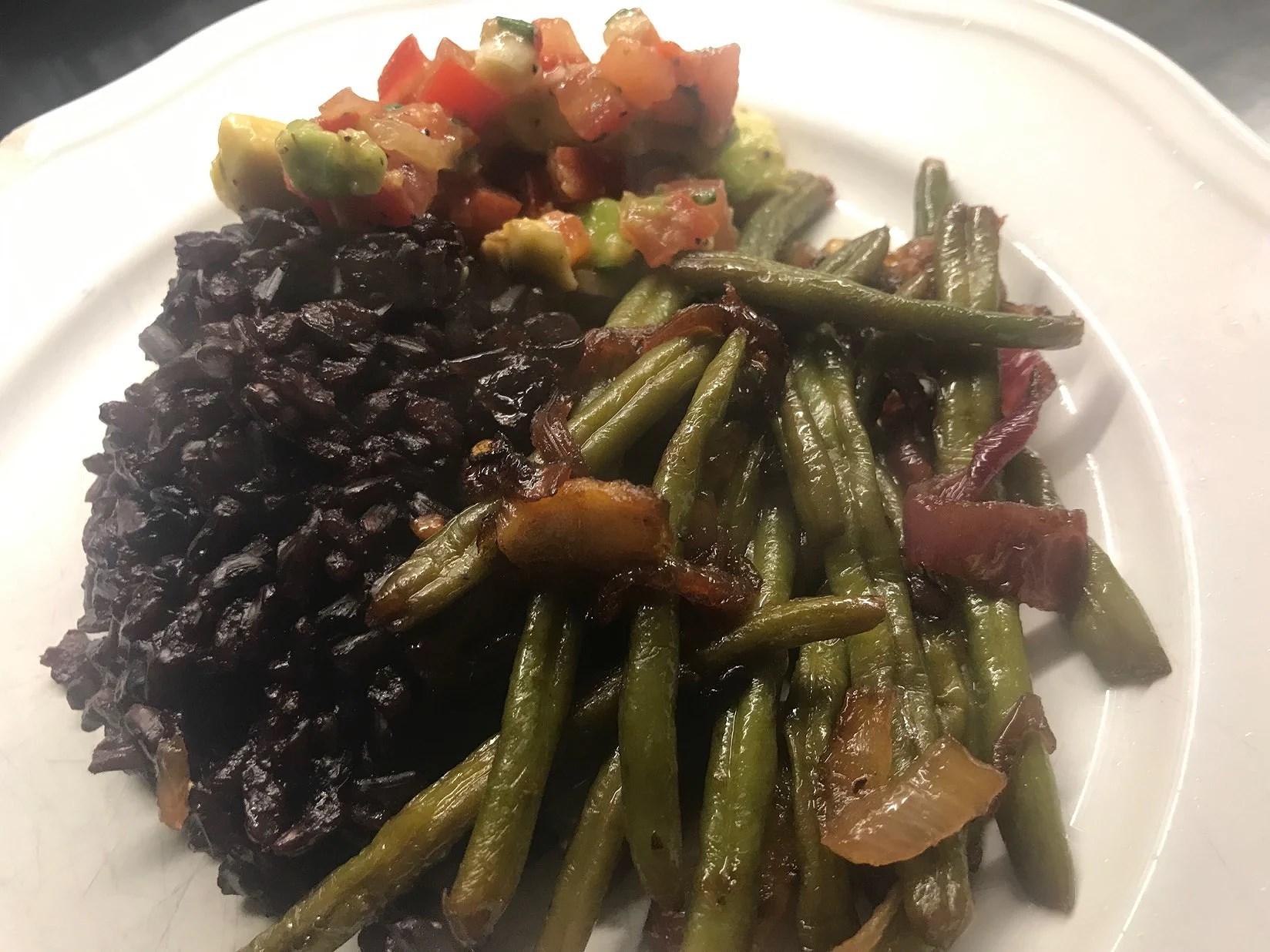 Enkel och nyttig vegan middag som kittlar smaklökarna