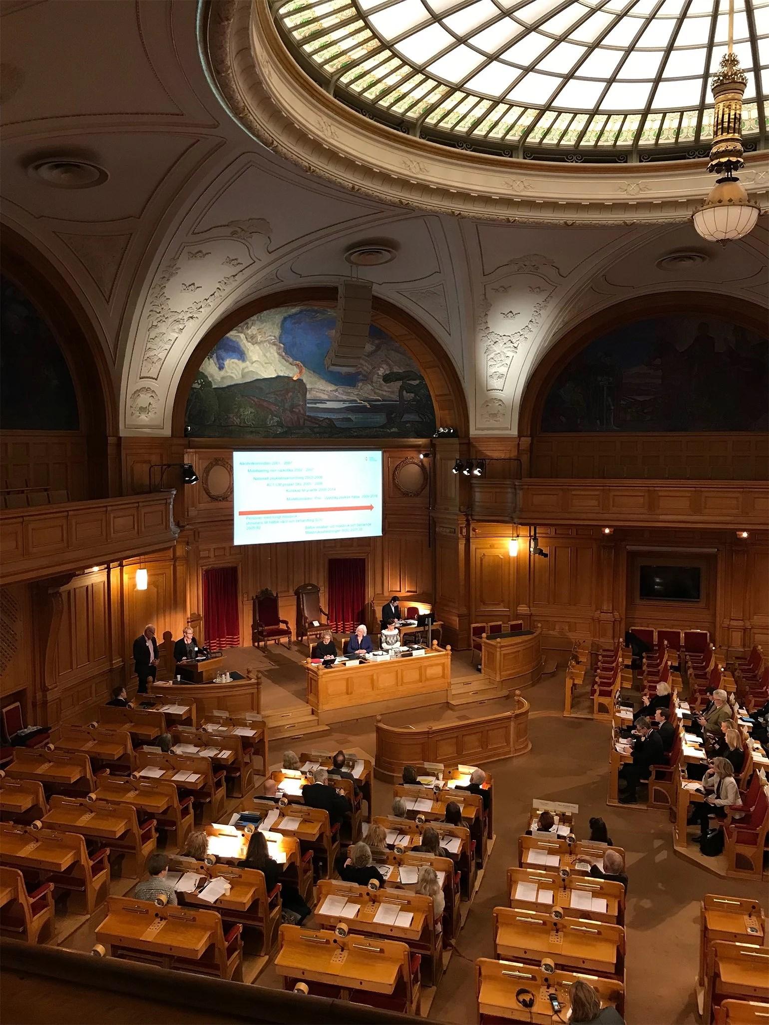 Hearing I riksdagen och möte med Socialministern