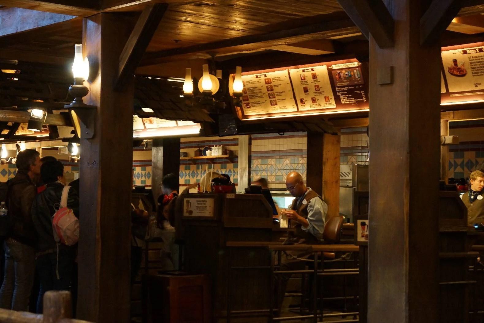 Alla menyer till restaurangerna på Disneyland Paris