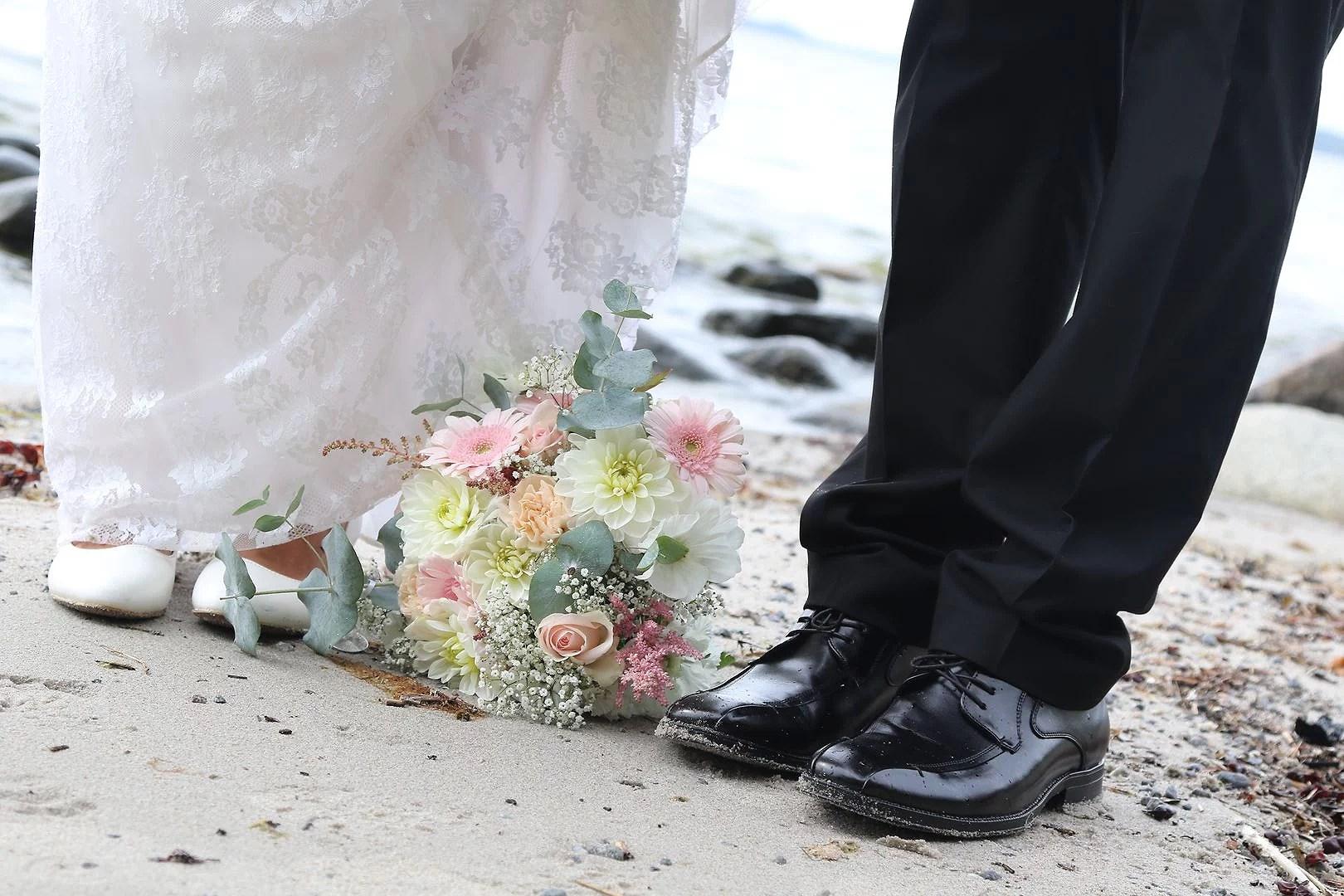Bröllopsbilderna är här