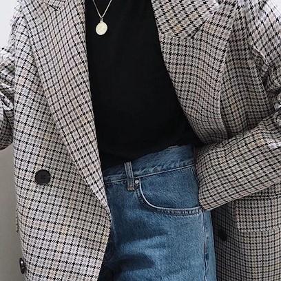 TREND: Checked Blazer