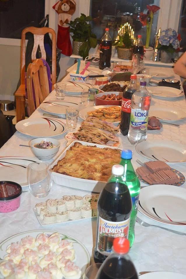 Gjorde om i köket - delade köksbordet på två