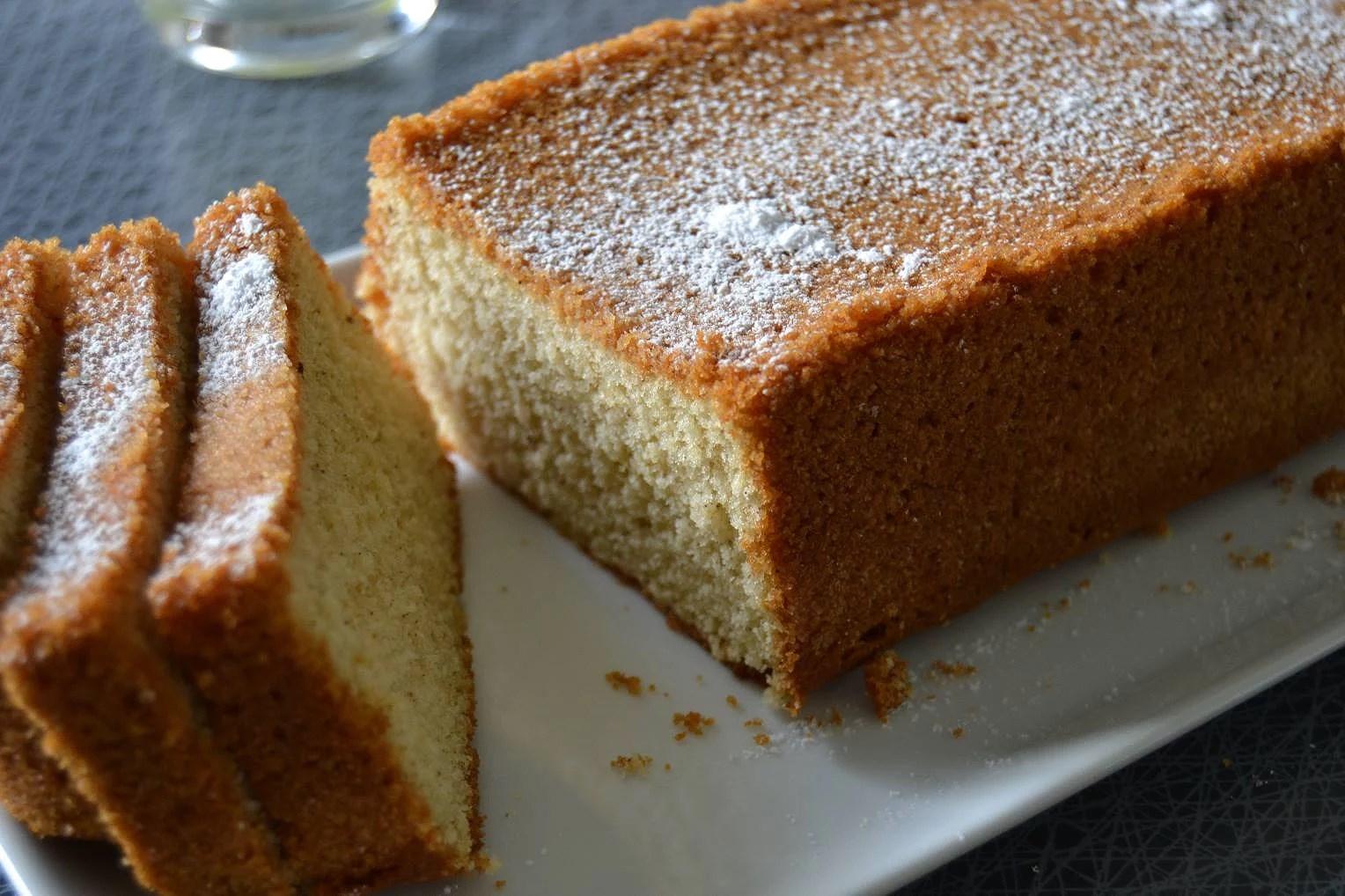 Sockerkaka med brynt smör