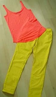 Ne keltaiset farkut ja muuta värikästä