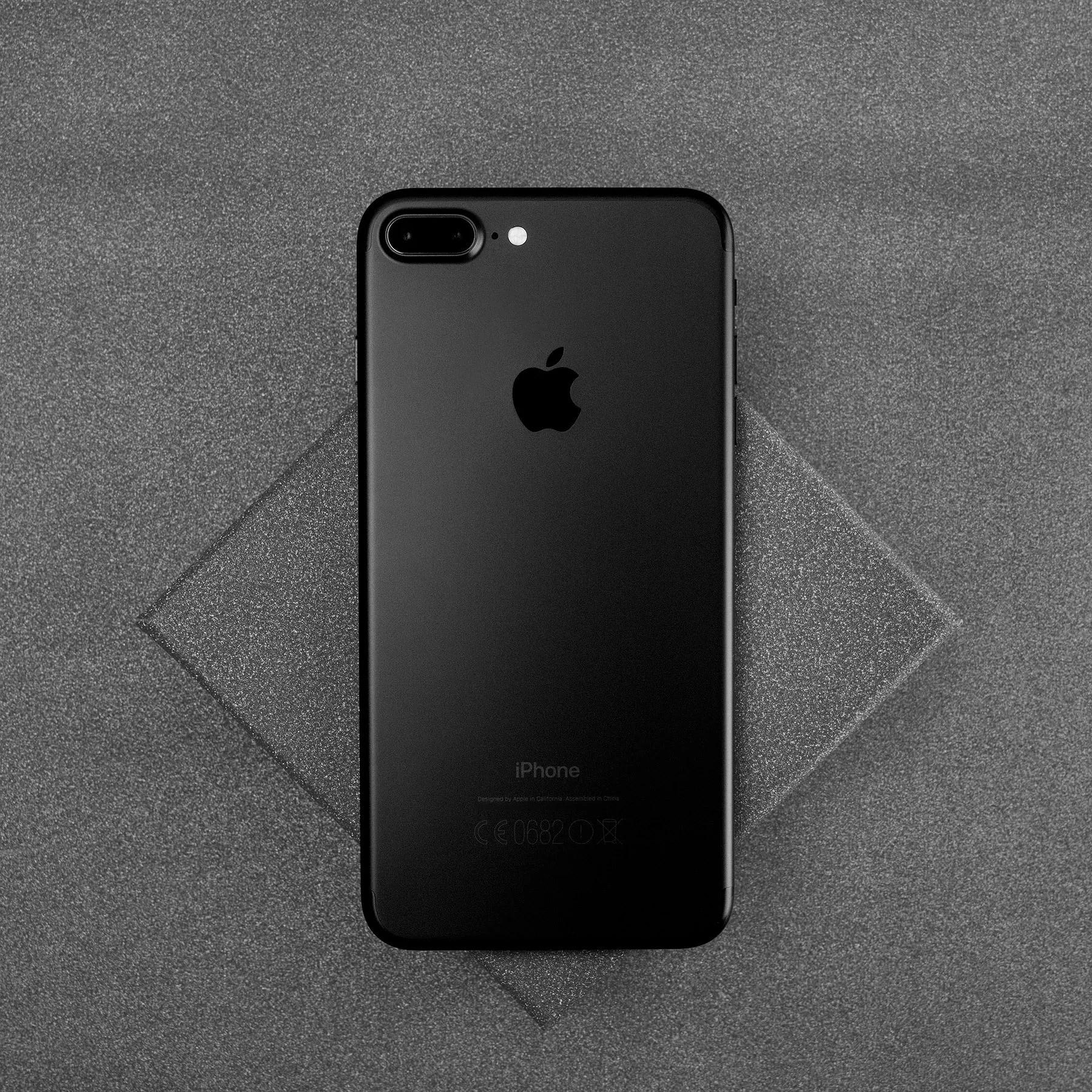 It's black & clean