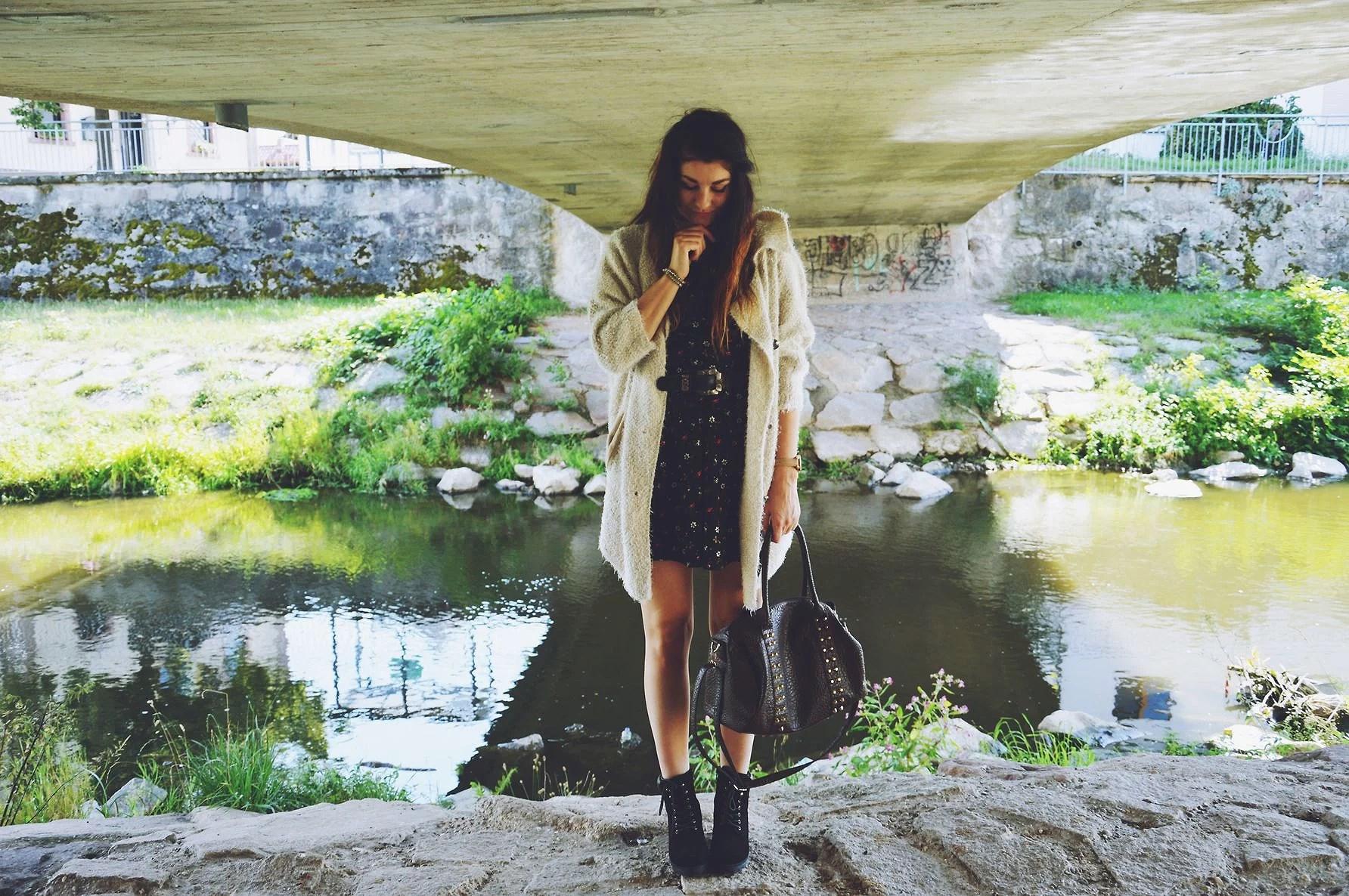 Sukienka na wiosenny i jesienny outfit 2w1!
