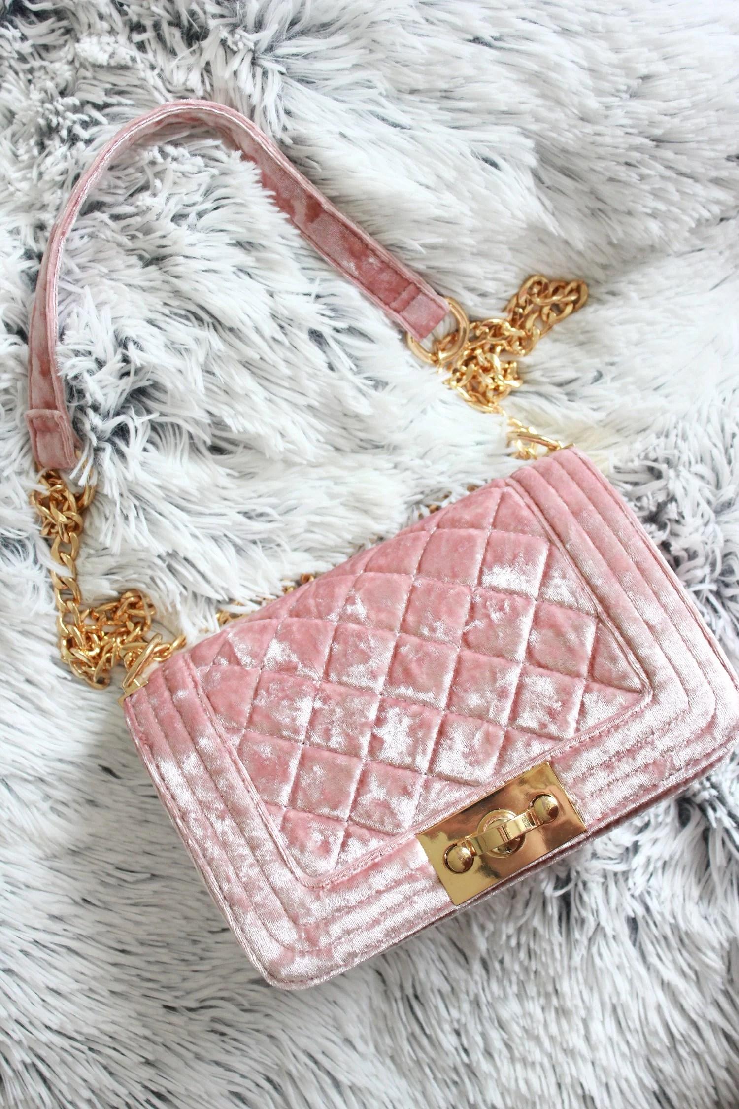New in fashion - Pink velvet bag