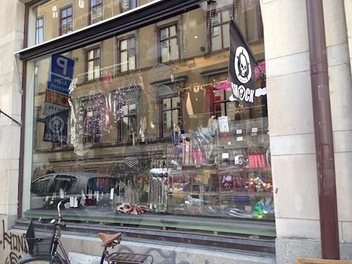 besöker ledsagare blond i Stockholm