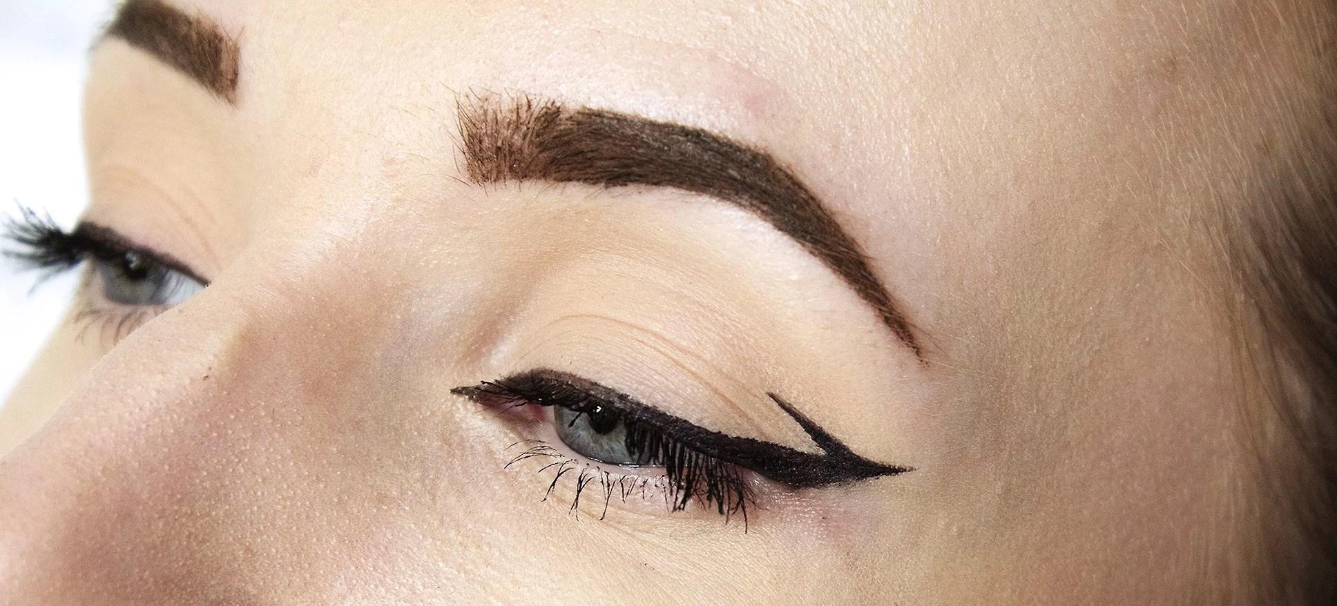 Makeup look: eyeliner