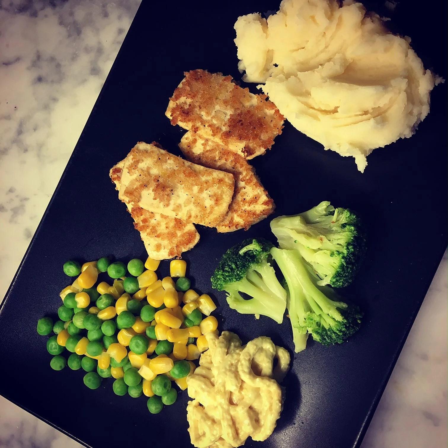 """""""Fiskpinnar"""" på tofu"""
