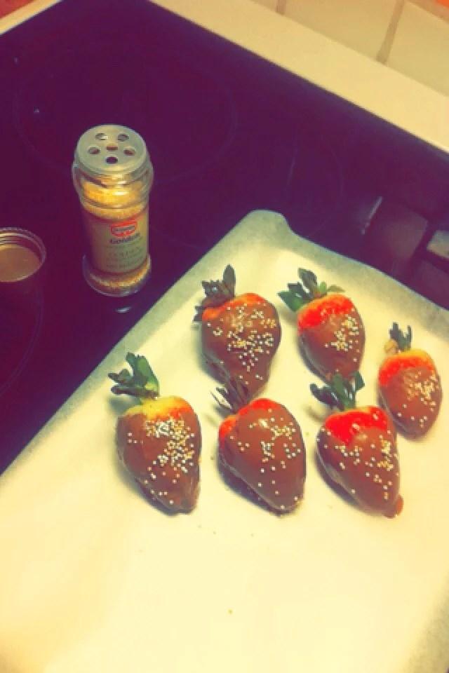 Jordgubbar och choklad