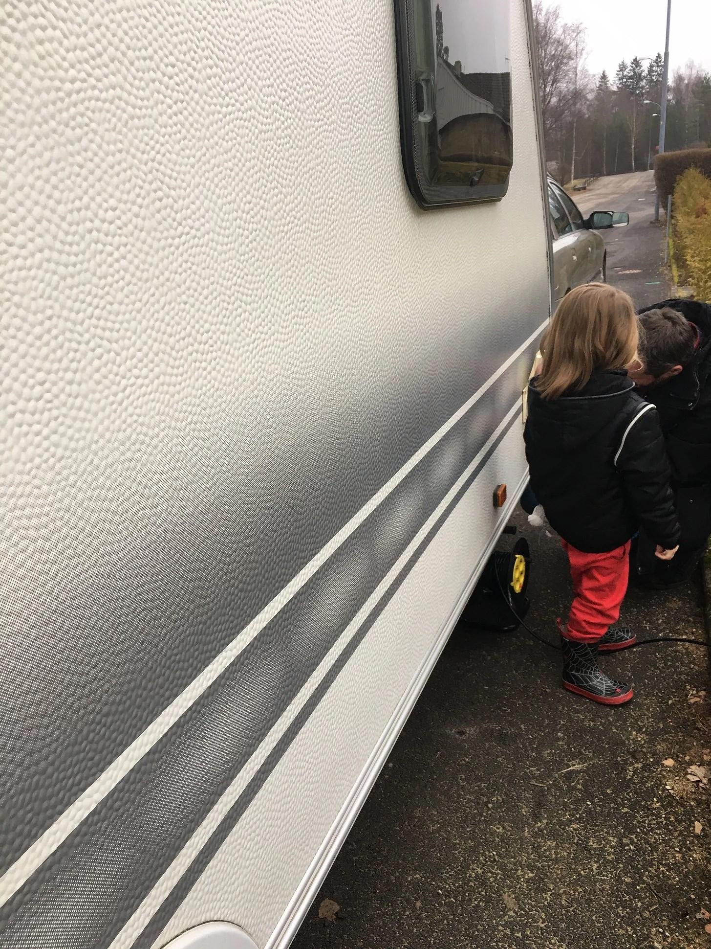 Husvagnen landade på uppfarten