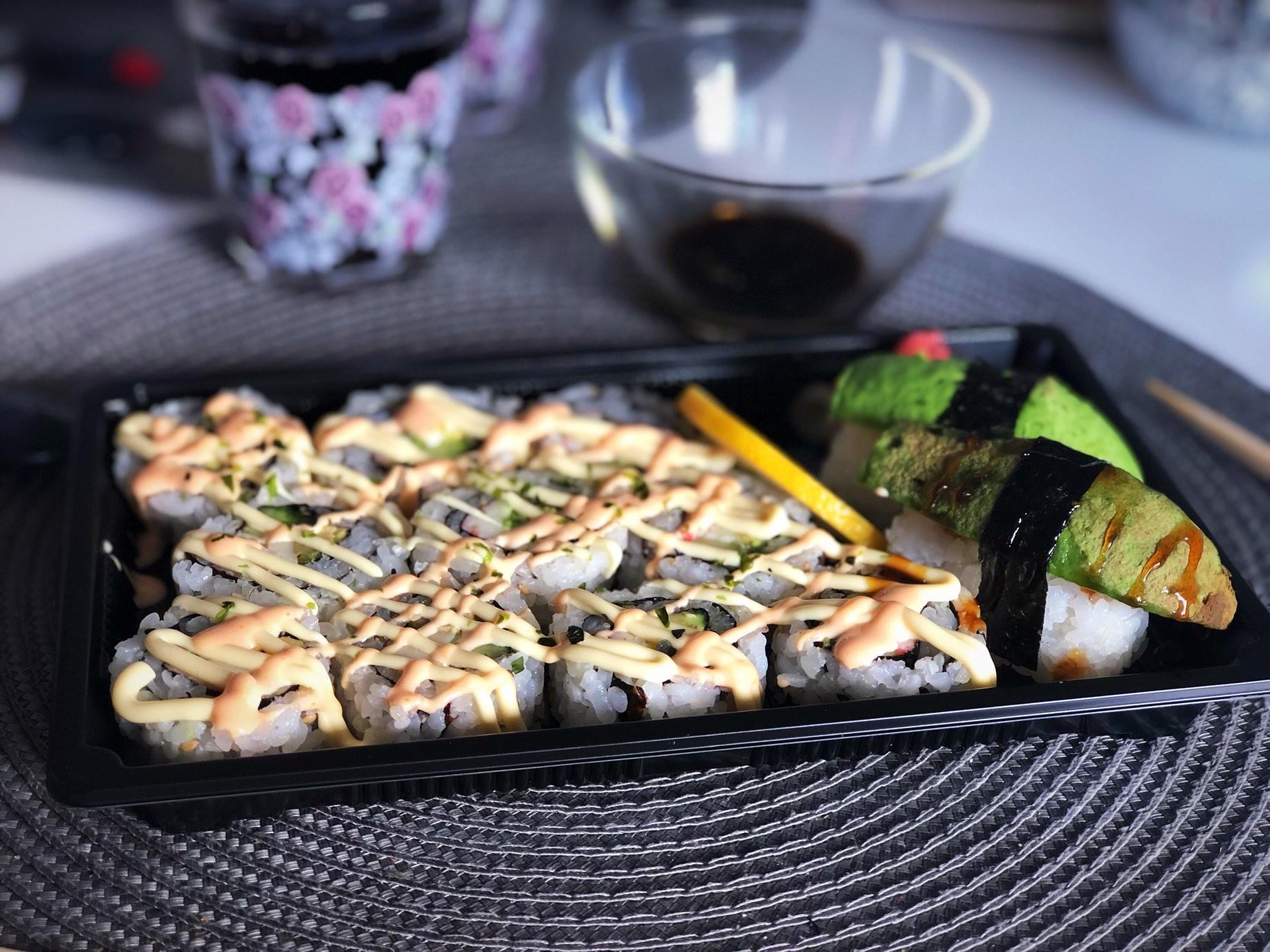 sushi & paket