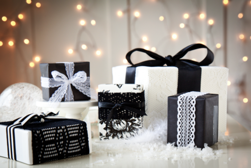 boxwood-clippings_gift-wrap-black-white-and-lace-e1355633571549