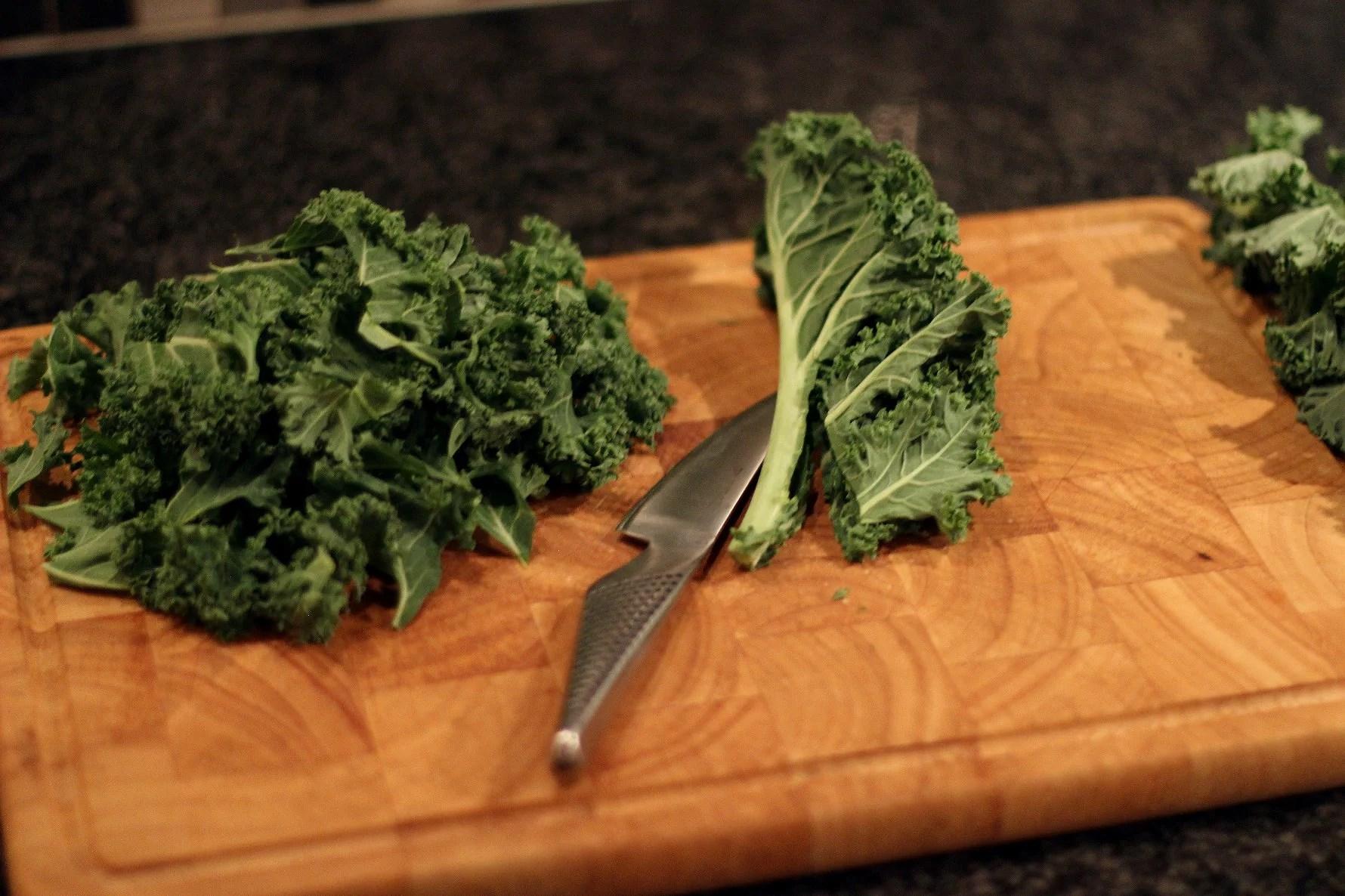 Grönkålschips - steg för steg