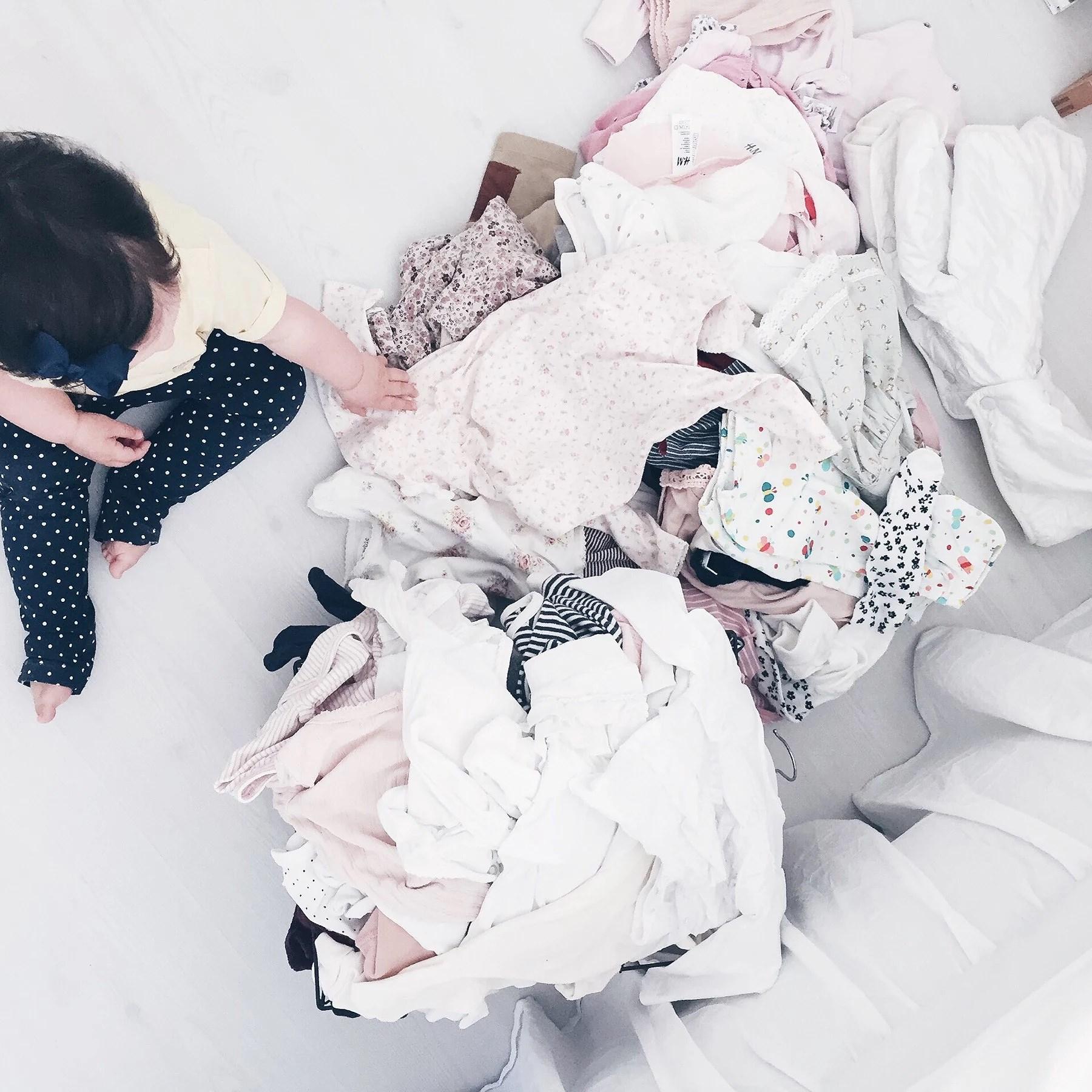 Rensa massvis med barnkläder