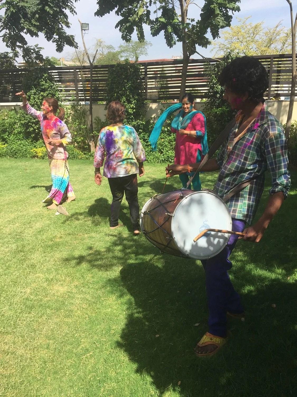 Musik er en stor del af Holi ritualet.