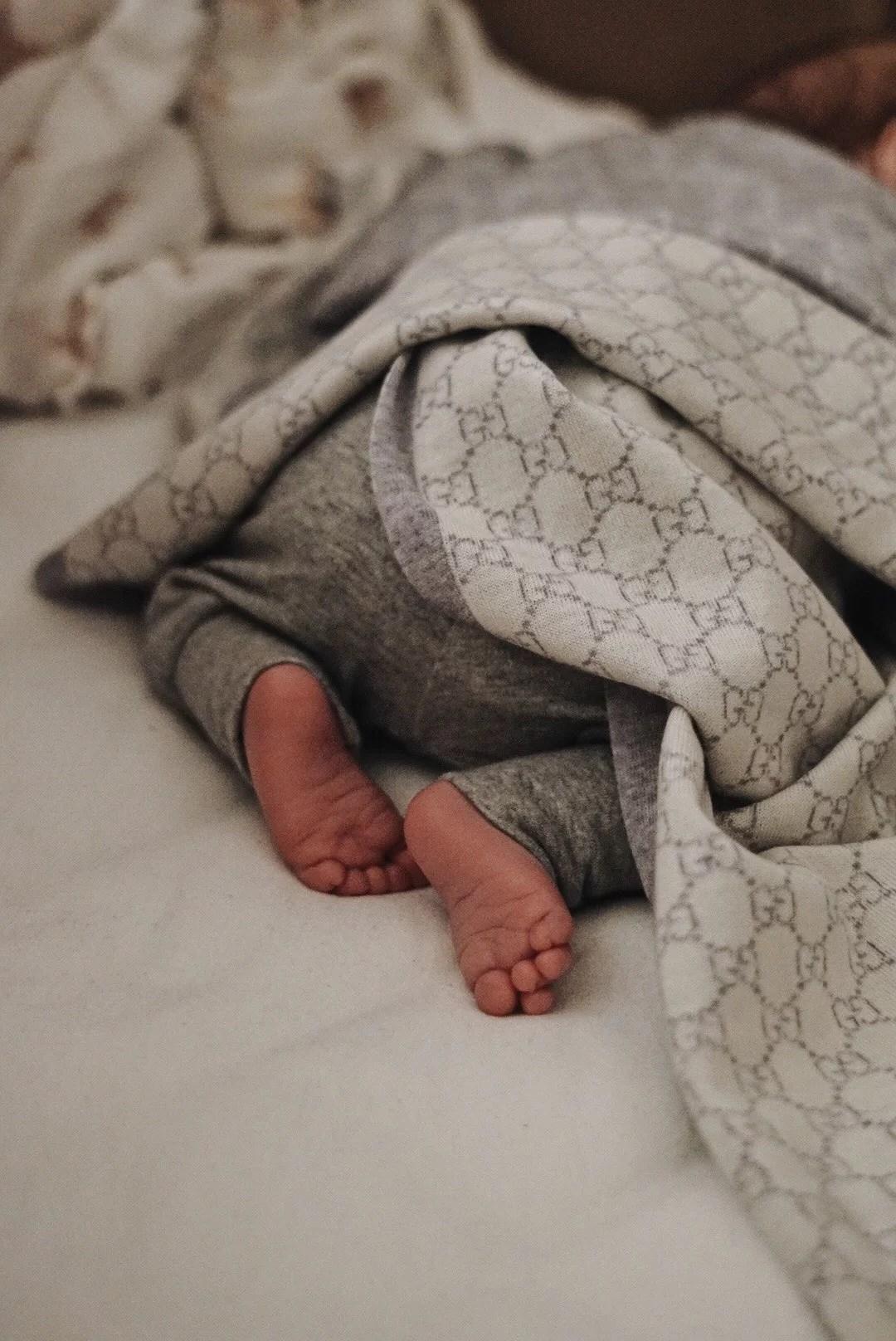 Dessa underbara små fötter