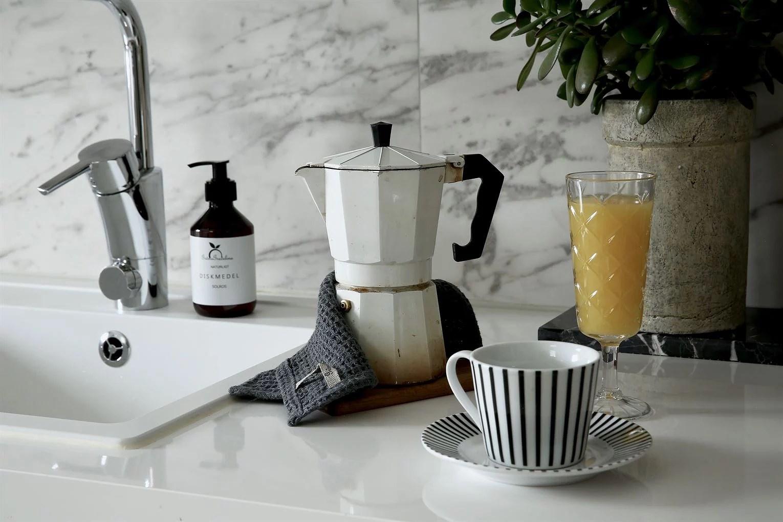 lina paciello espresso marmor kök