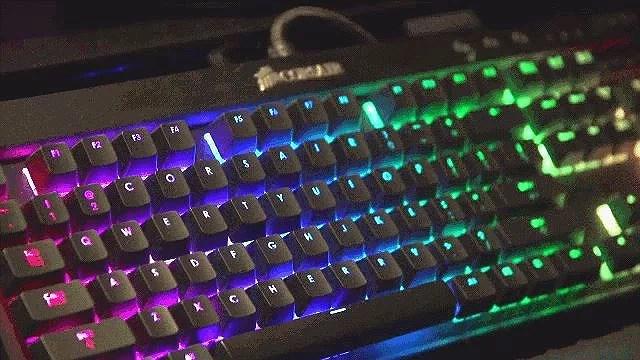 Den 29 August. Nyt keyboard!