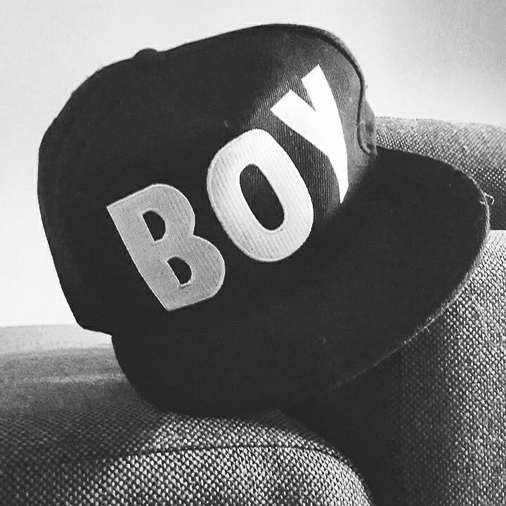B O Y