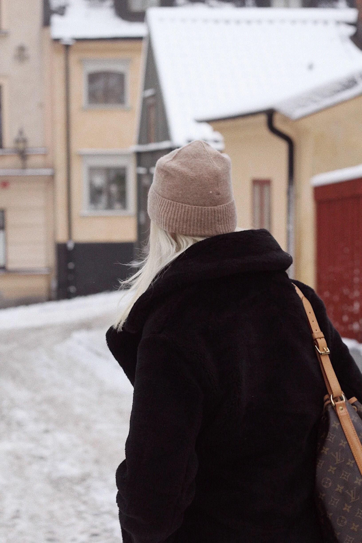 FÖRSTA RIKTIGA SNÖN