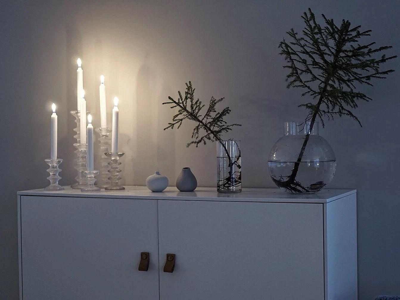 VI BLÅSER BORT