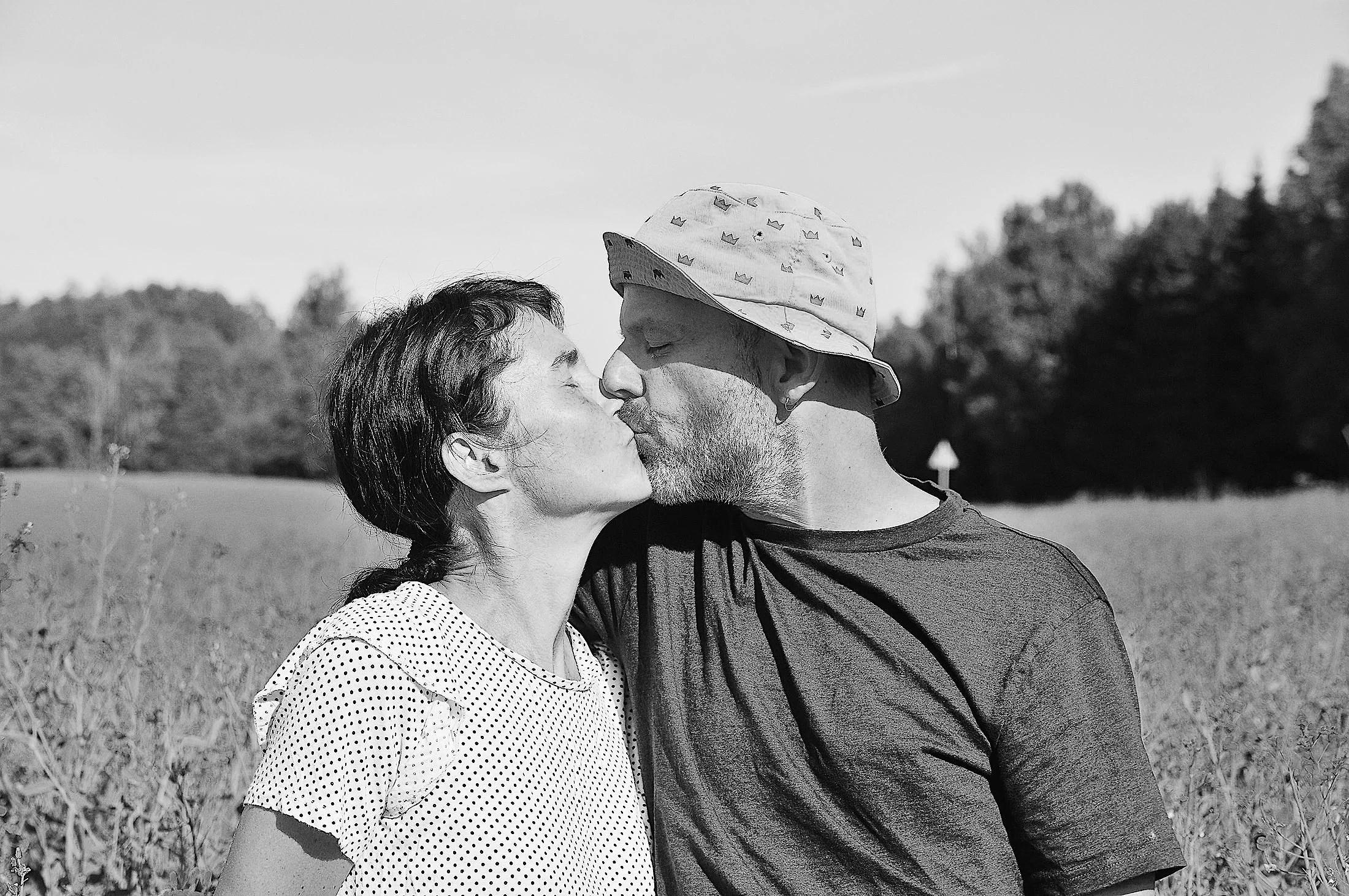 Vad är lagen för att dejta en minderårig i Indiana