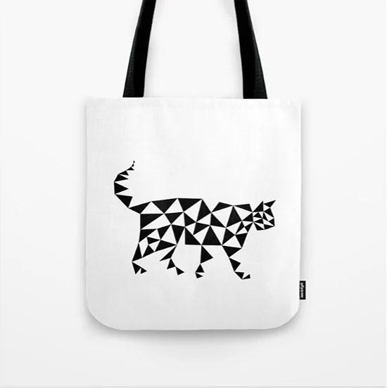 Shopper: Katt i trianglar