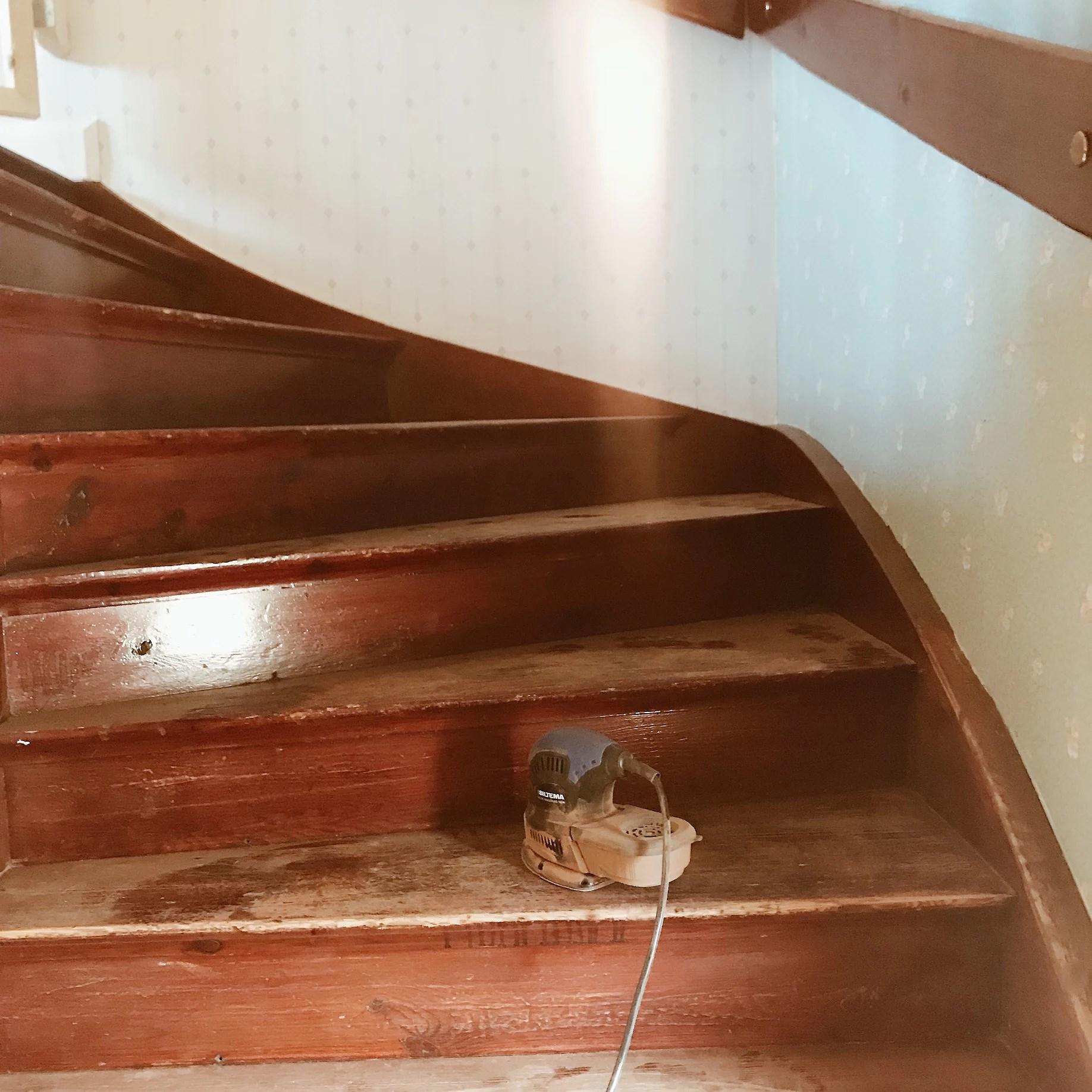 Dags att renovera trappan