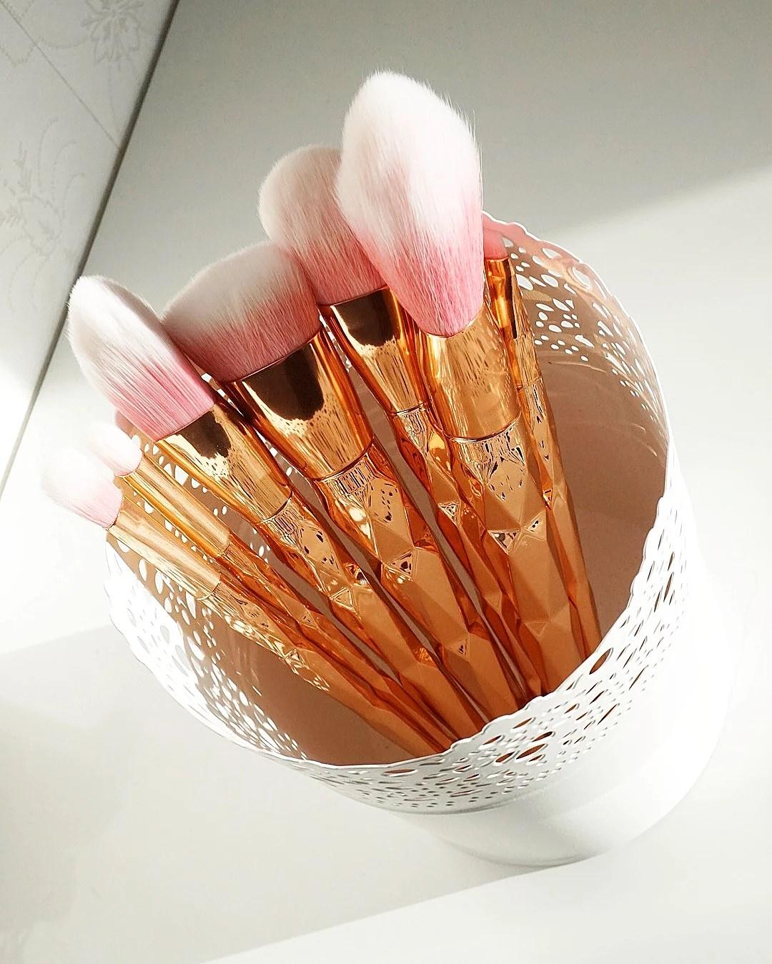 ROSÉ GOLD MAKEUPBRUSHES