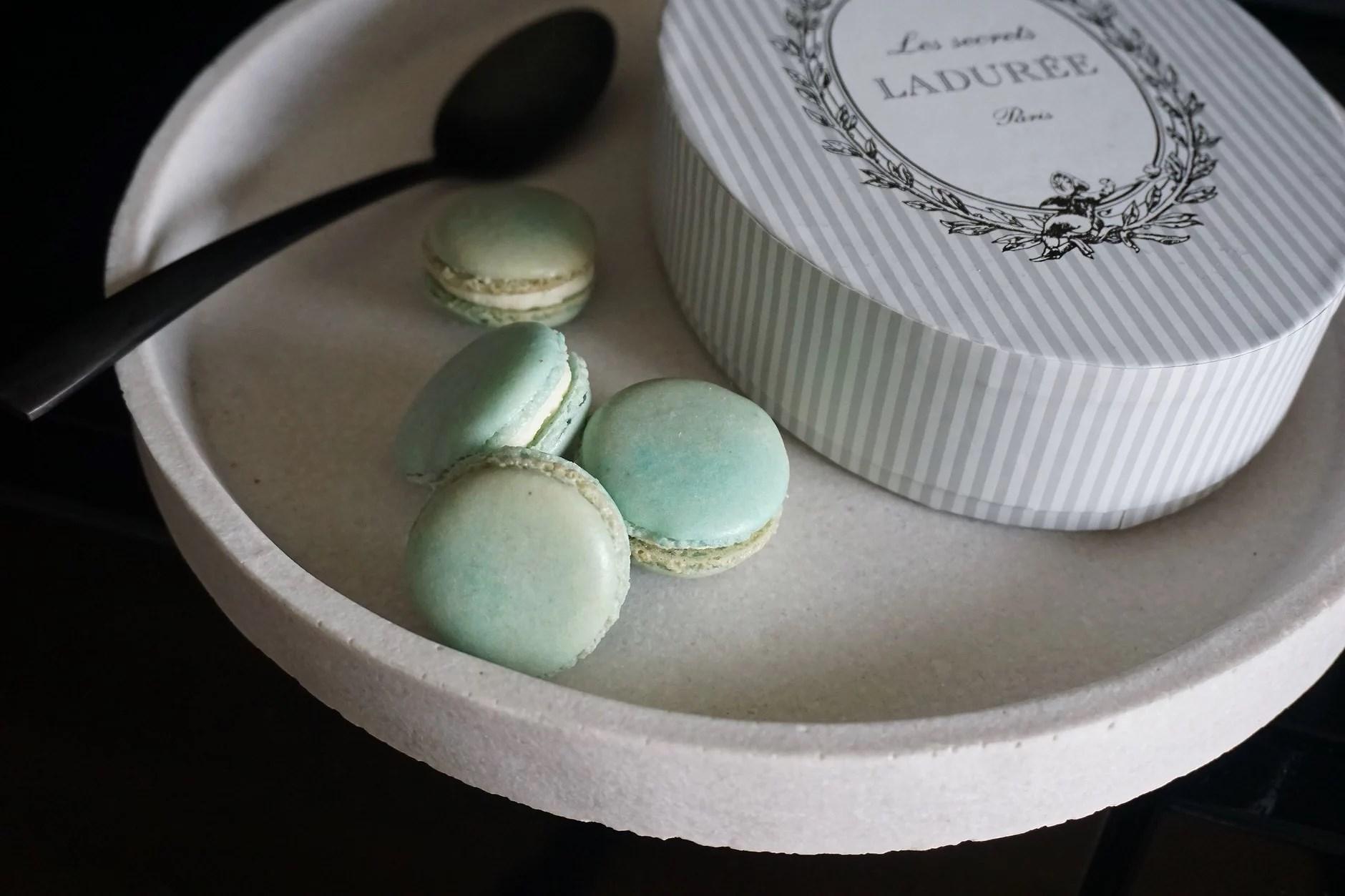 Franske Makroner / French Macarons (Sukker-redusert, Glutenfri, Melkefri)
