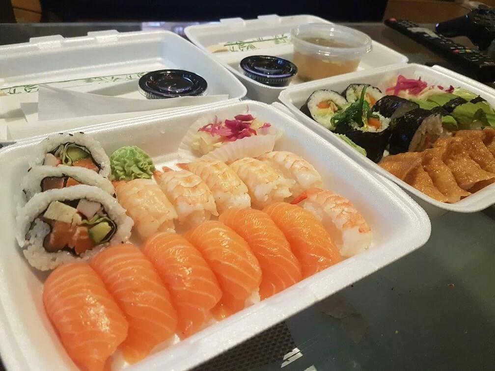Tre olika sushis
