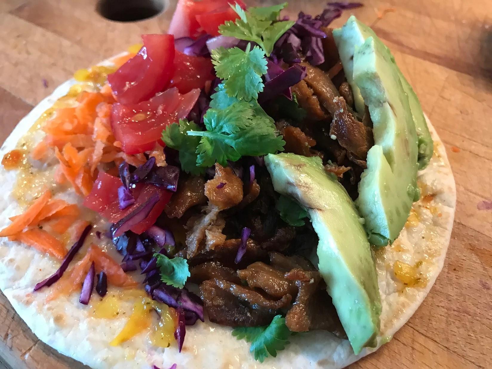 Nya favvo lunchen - vegan förstås 😜 (vegan mini burrito)