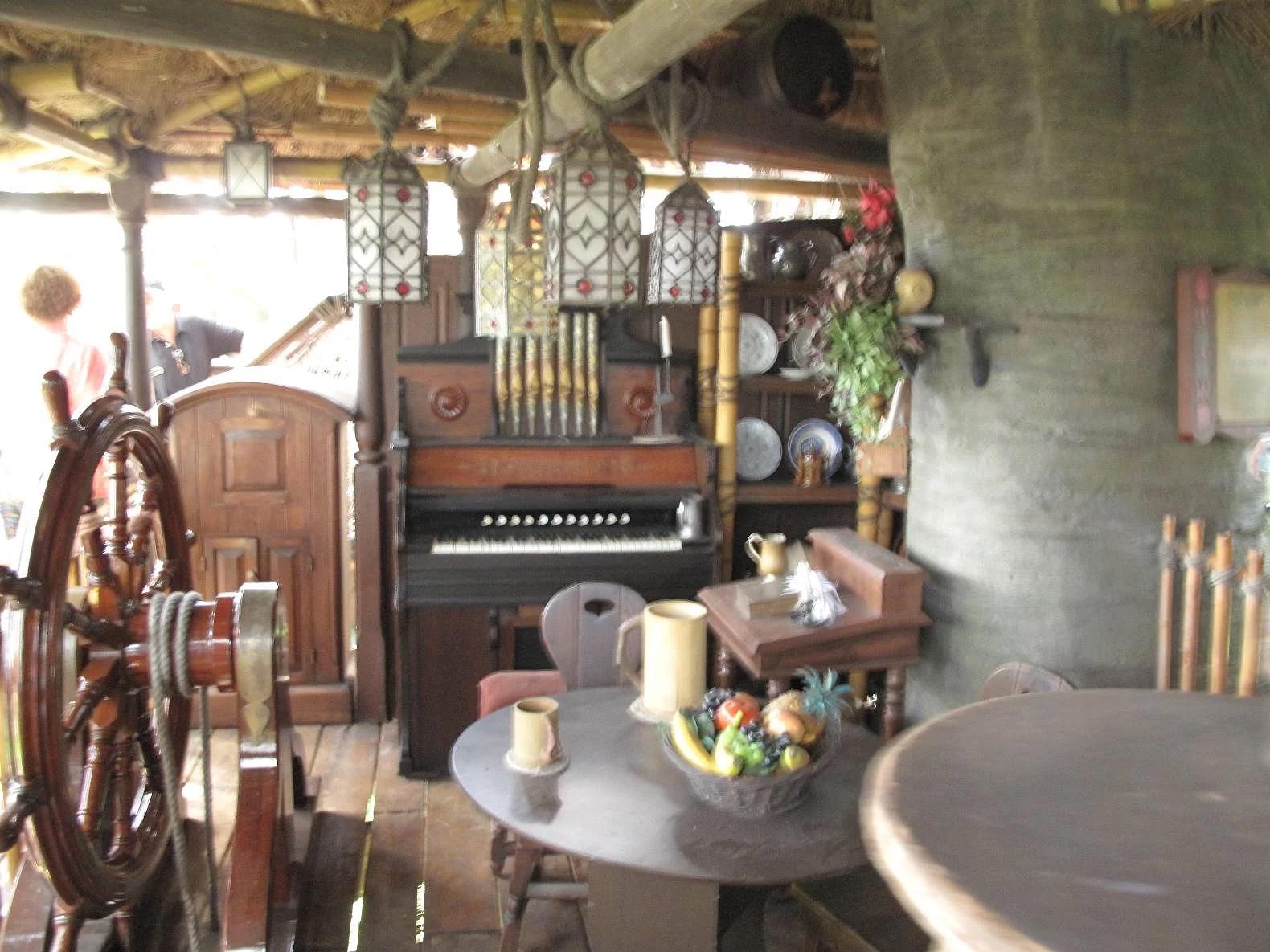 Attraktioner på Disneyland Paris: La Cabane de Robinson