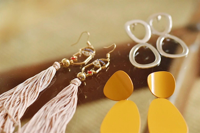 New in: earrings