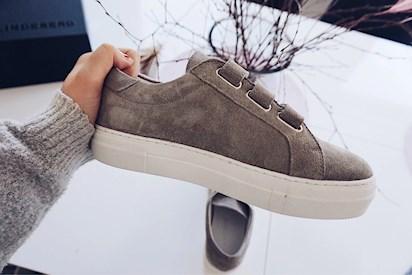 557e7f7f309 Jag har velat ha ett par velcro sneakers / skor med kardborreband ett tag  men inte hittat några jag vill ha.