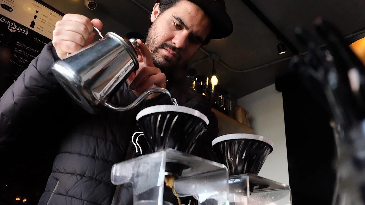 Kverning av Kaffe – Hvorfor Gjøre det Selv?
