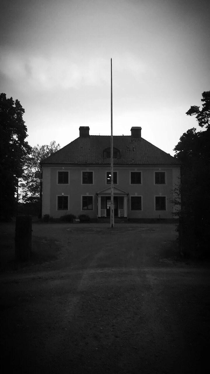 Ett nattligt besök på sanatoriet