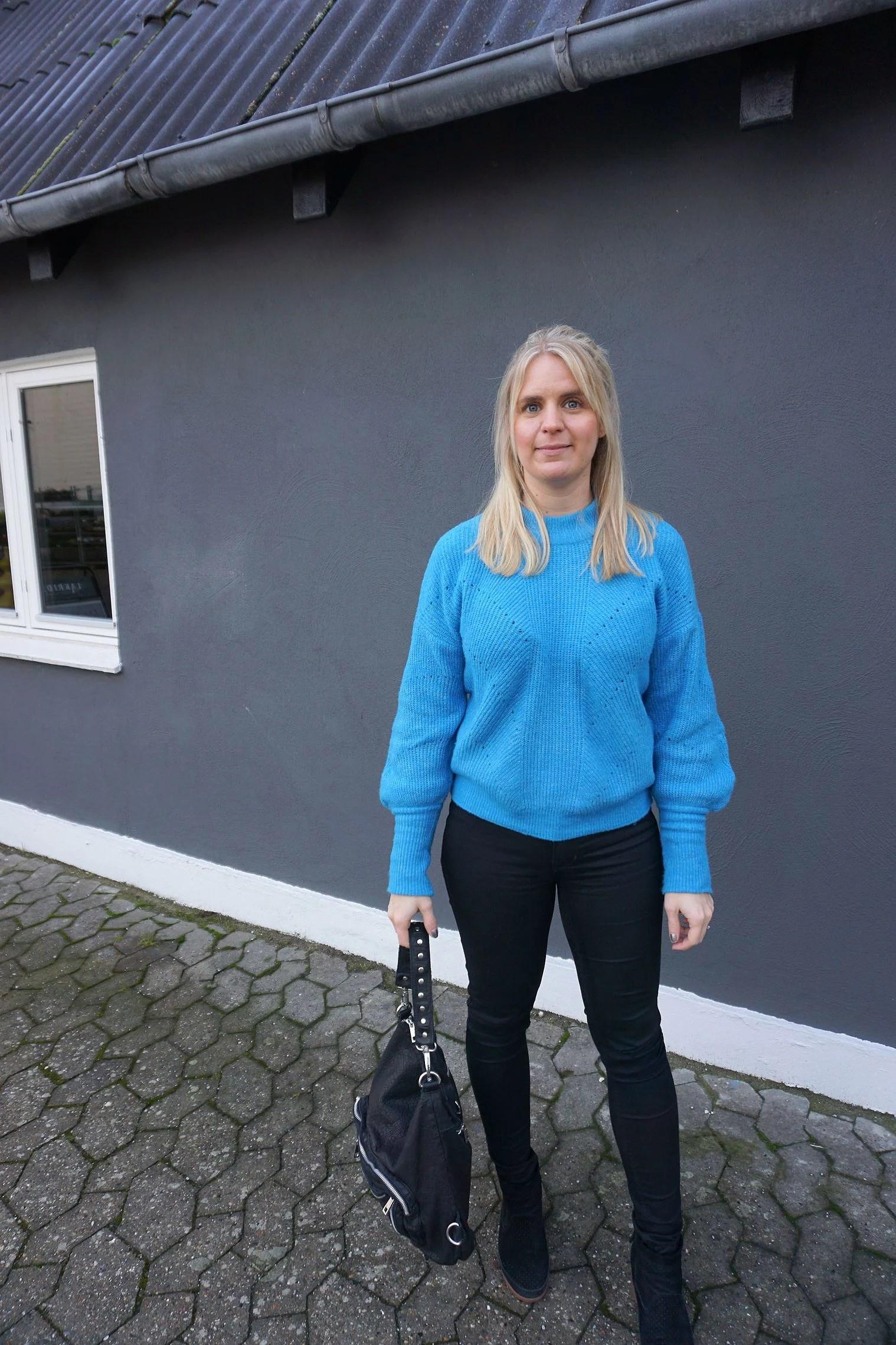 LØBER STÆRKT & SER FREMAD