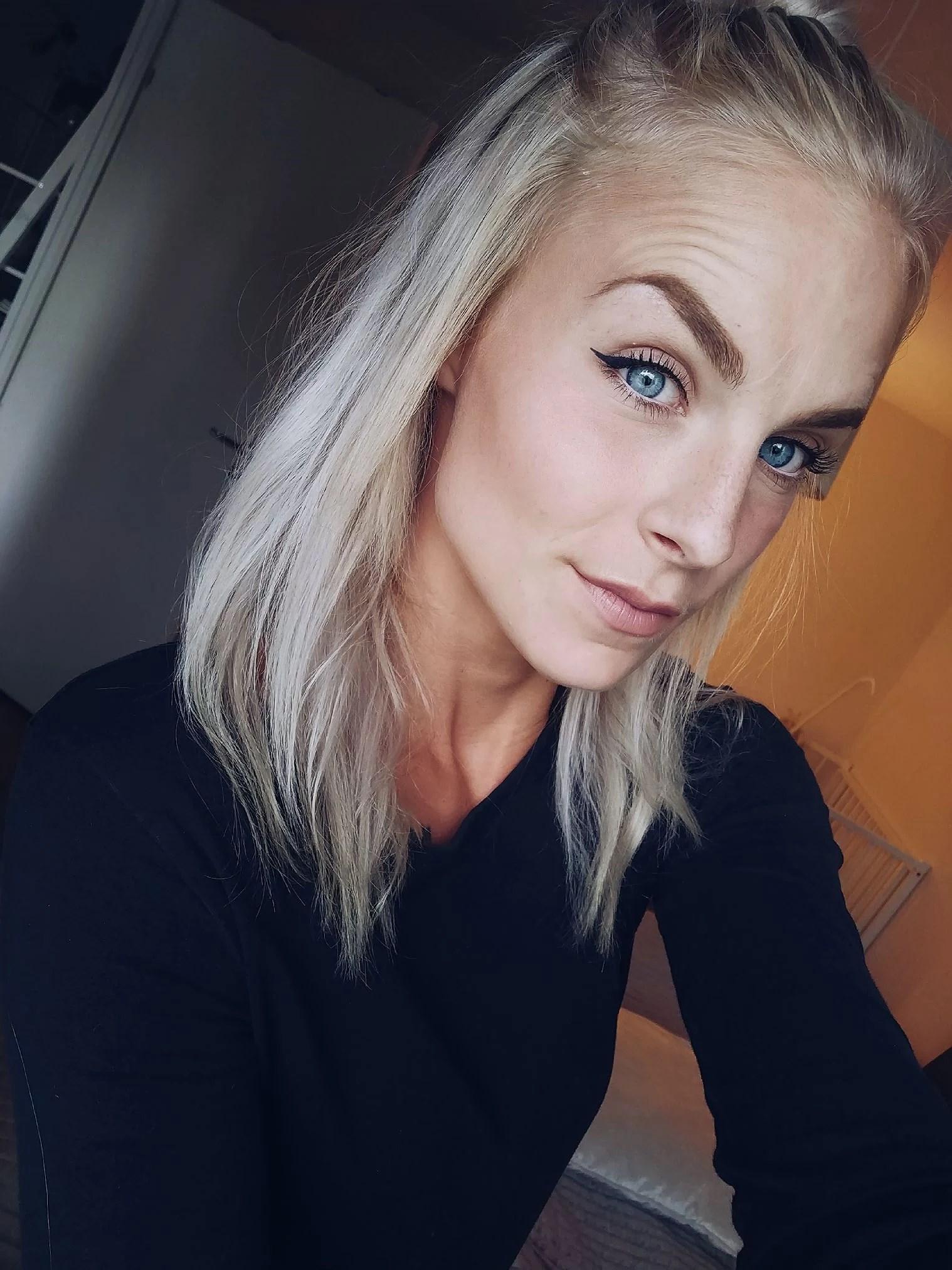 LÅT DET VARA FÖRSTA & SISTA GÅNGEN