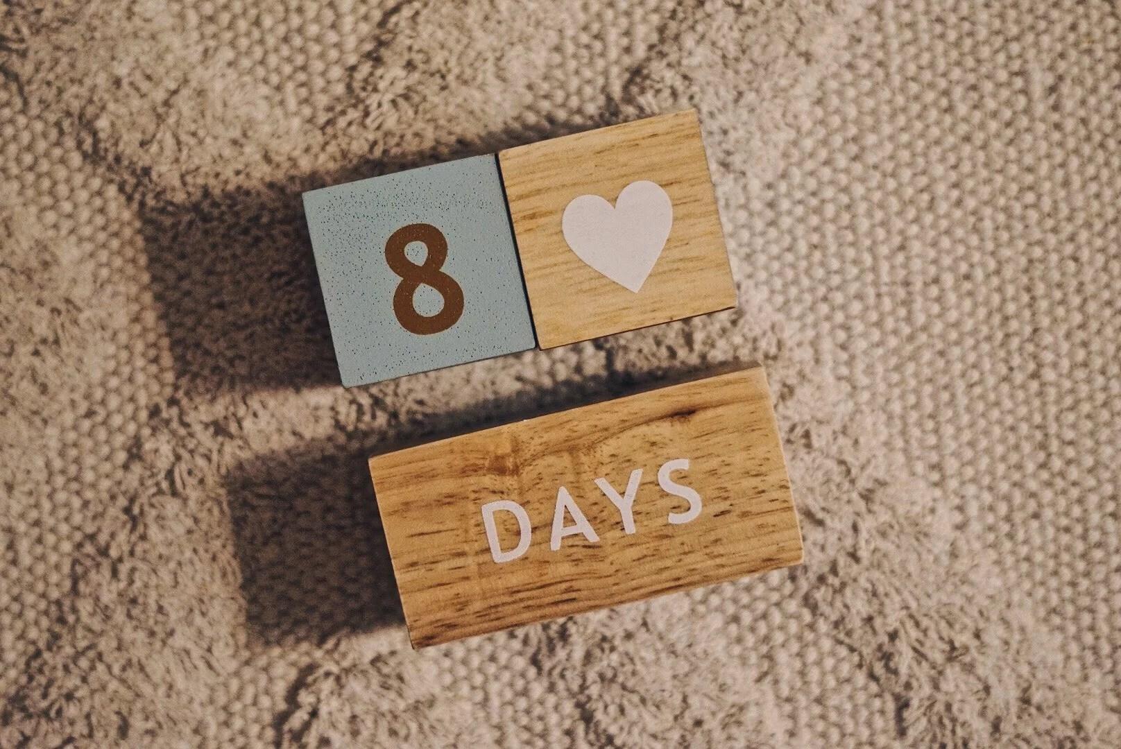 8 dagar gamla