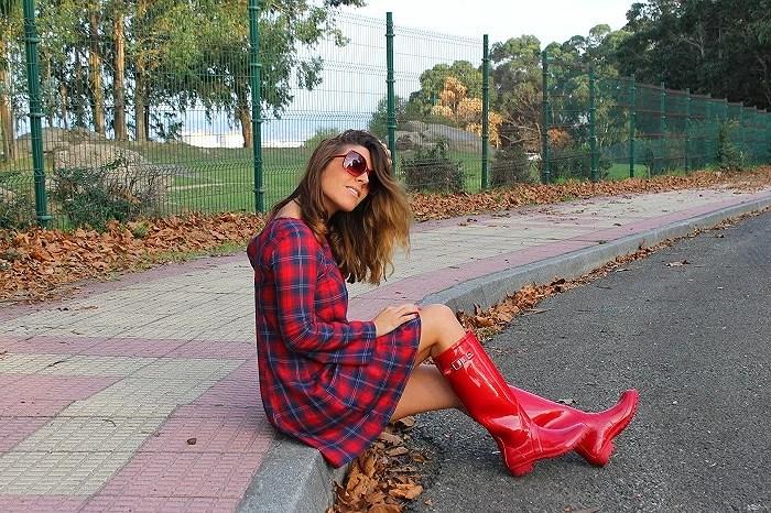 Combinar botas rojas
