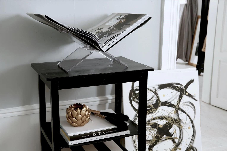 Inredning konst lina paciello bokhållare