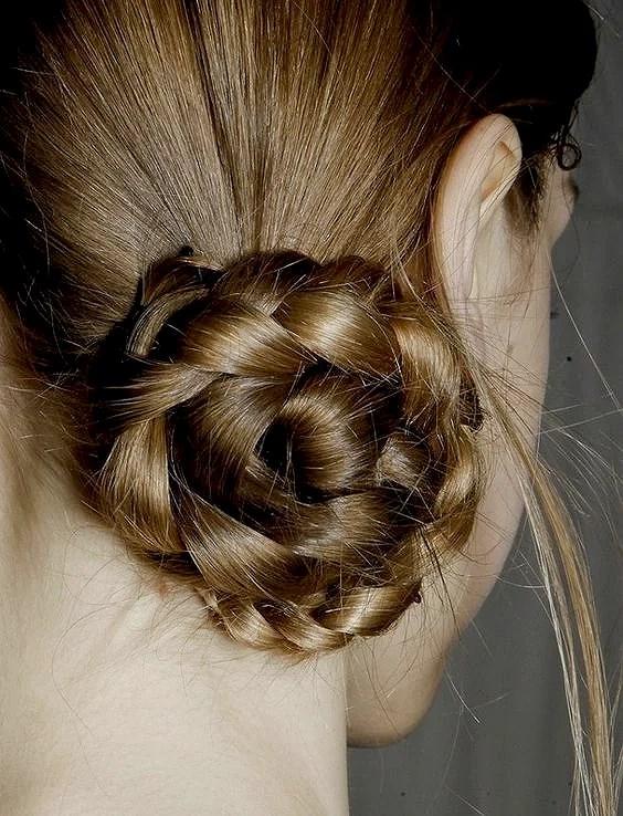 Trend // Braided Macaron Buns